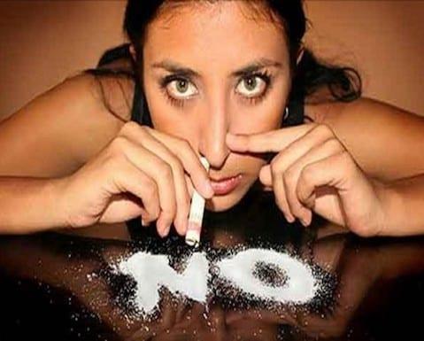 mujeres y cocaina